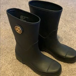 Tory Burch Navy Rain boots